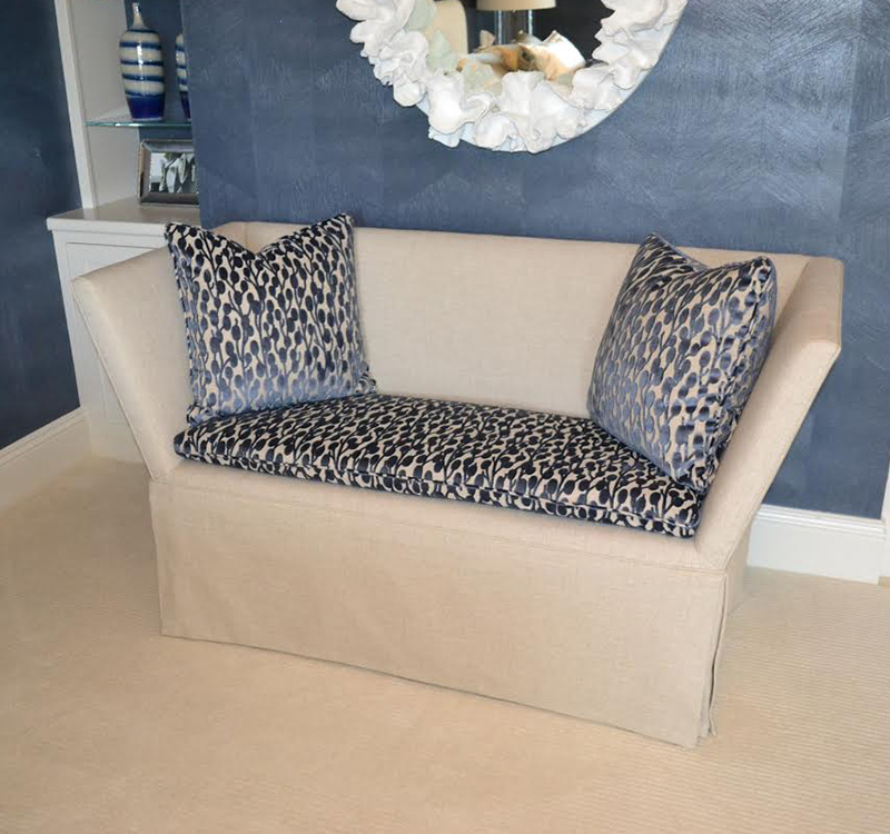 Upholstered Furniture | Cleveland, OH   Woodrich Furniture